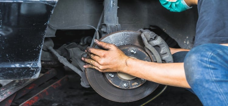 How To Bleed Brakes >> How To Bleed Brakes By Yourself Simple Easy And Effective Tips